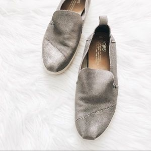 TOMS | Silver Leather Slip On Shoes